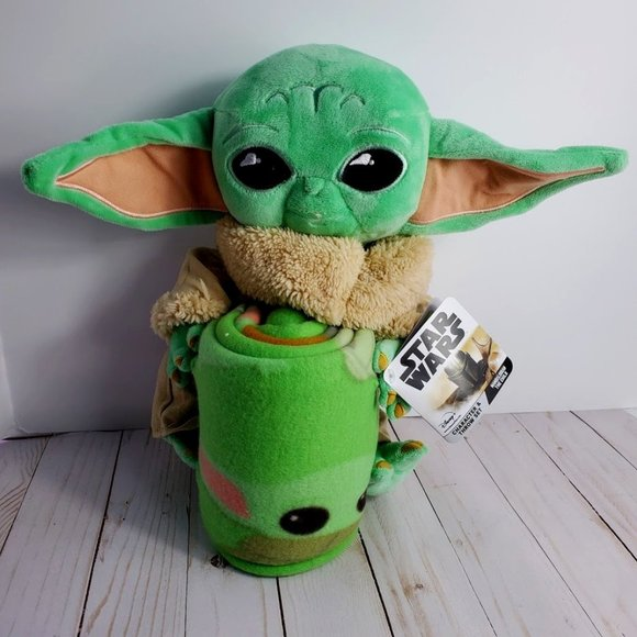 Baby Yoda The Mandalorian Throw Set